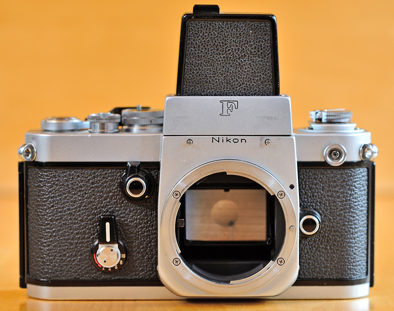 through the Nikon F-Mount - Interchangeable viewfinders